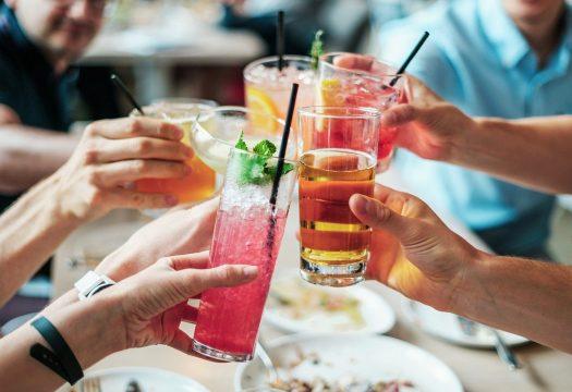 Le charbon actif, le remède à des soirées un peu trop alcoolisées ?