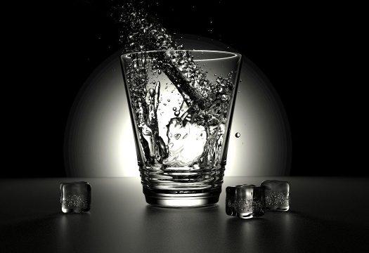 Pourquoi le charbon actif est-il un filtre optimal pour l'eau ?