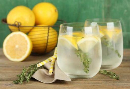 Le choix du contenant pour conserver votre eau détox